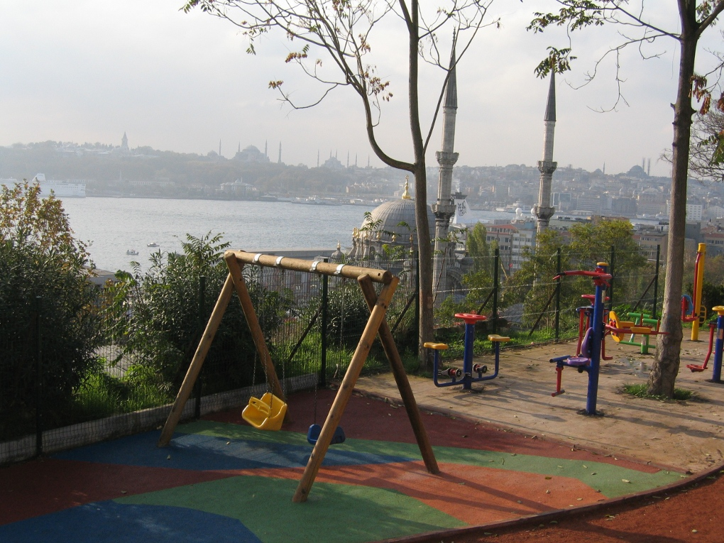 Hybrid Playground at amber08, Estambul